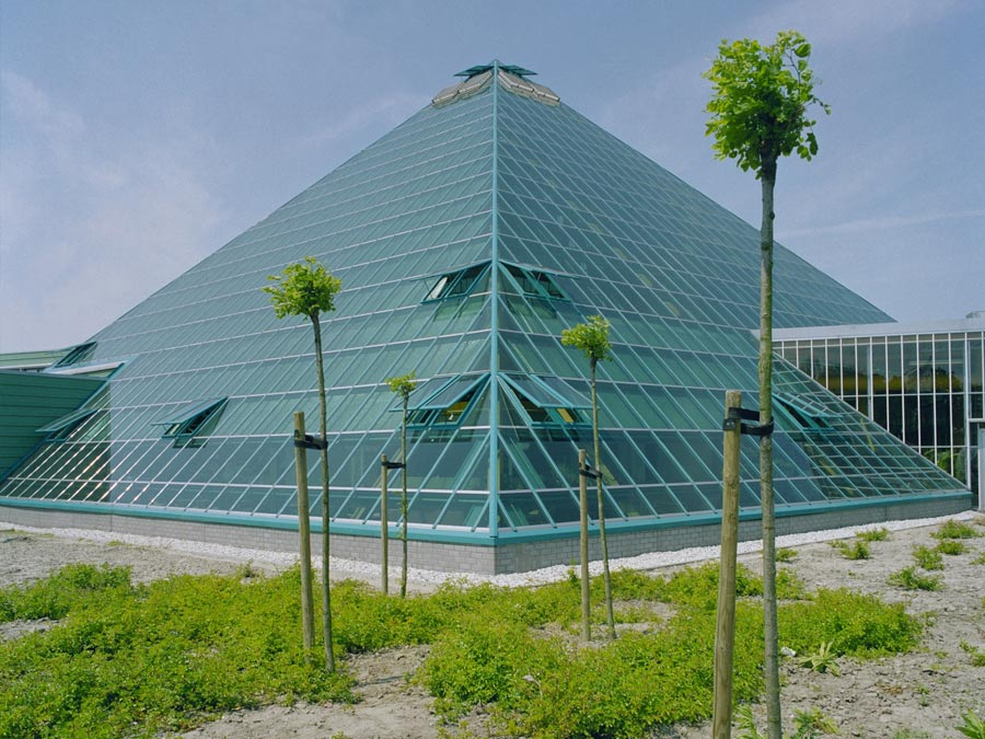 Pyramide, Honselersdijk_1