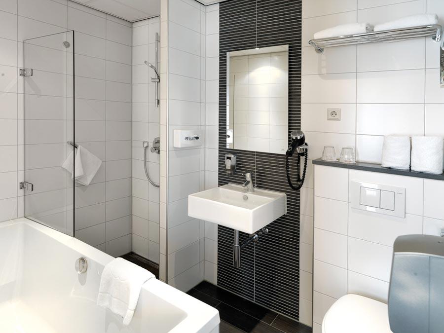 Renovatie badkamers Hotel Amsterdam De Roode Leeuw, Amsterdam